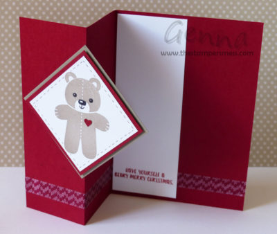 cookie-cutter-christmas-bear-z-fold-open